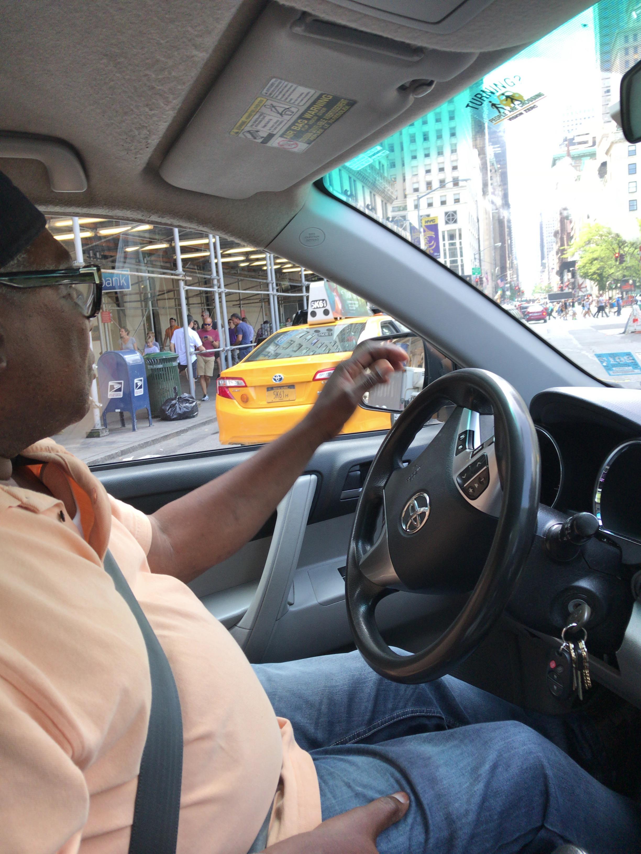NYタクシーの運転手